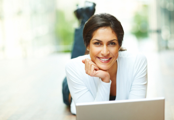 woman_on_her_computer
